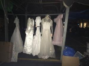 שמלות רפאים - פינוי ירושה